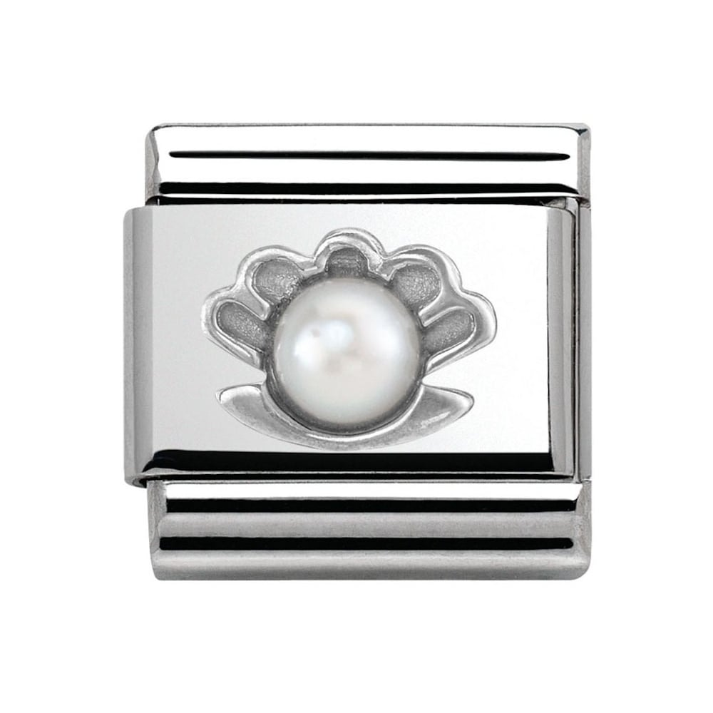 the symbol of pearl Black: symbol of dignity judging pearl quality luster luster is the quantity and quality of light reflected from the surface of a pearl luster does not simply mean a shiny surface: it implies the structural beauty of the nacre high luster pearls also have.